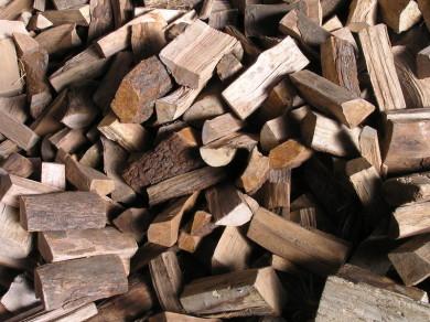 Scheitholz, Holz Kammergetrocknet, Brennholzverkauf Keller